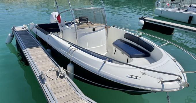 Rental Motorboat in Granville - Jeanneau Cap Camarat 625 WA