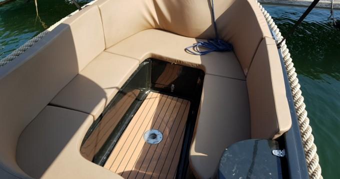 Rental yacht Mandelieu-la-Napoule - kruger Delta on SamBoat