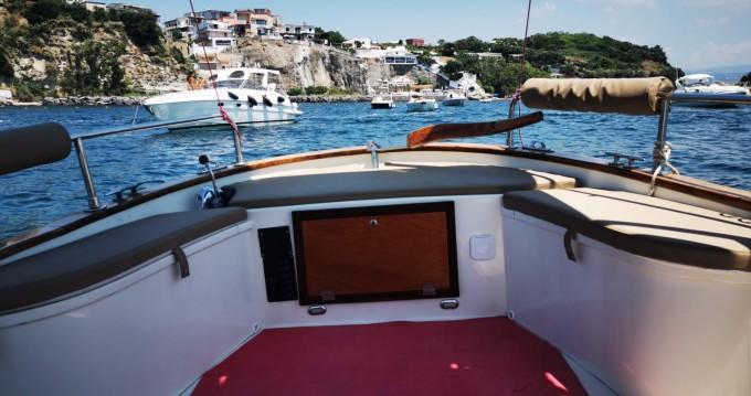 Boat rental Pozzuoli cheap gozzo