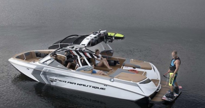 Boat rental Nautique Correct Craft g21 in Chindrieux on Samboat