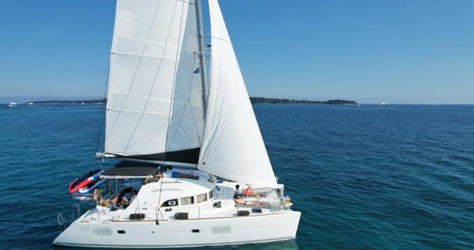 Rental Catamaran in Cannes - Lagoon Lagoon 380