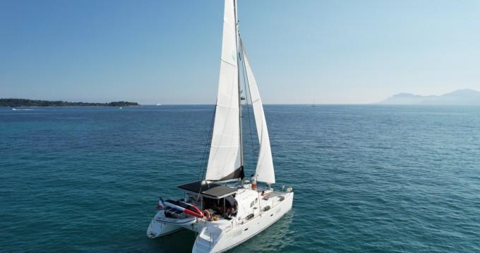 Boat rental Cannes cheap Lagoon 380