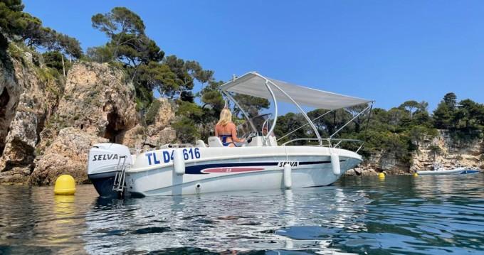 Boat rental Saint-Laurent-du-Var cheap Selva selva D5.8C