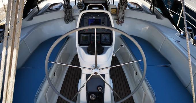 Rental Sailboat in Limassol - Bavaria Bavaria 39 Cruiser