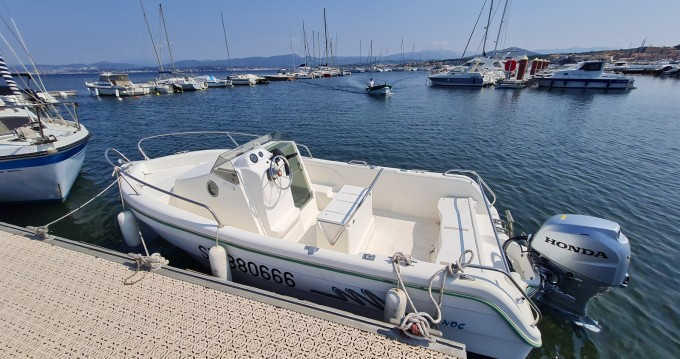Rental yacht Le Brusc - Marine Loisirs Service Carri 485 WA on SamBoat