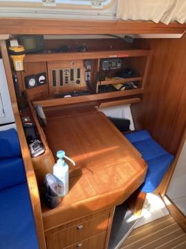 Boat rental Hyères cheap Elan 333