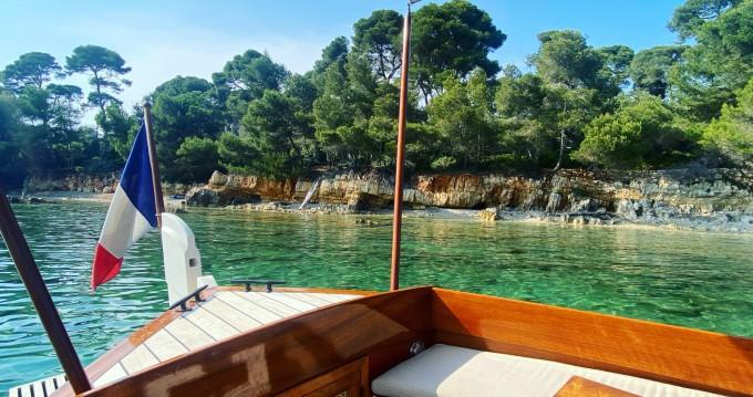 Boat rental Cannes cheap Pointu Provençale