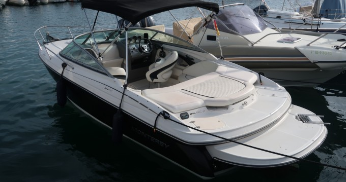 Motorboat for rent San Antonio Port at the best price
