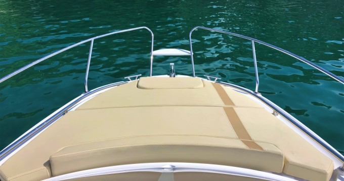Rental Motorboat Salpa with a permit