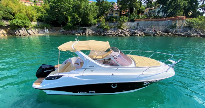 Motorboat for rent Ičići at the best price