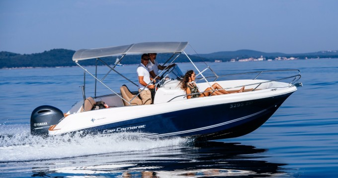 Hire Motorboat with or without skipper Jeanneau Zadar