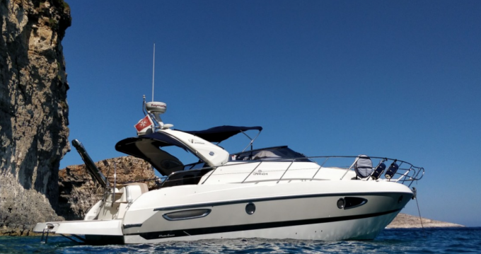 Hire Motorboat with or without skipper Cranchi Gżira