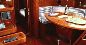 Rental Sailboat in Bormes-les-Mimosas - Bénéteau Oceanis 40.1
