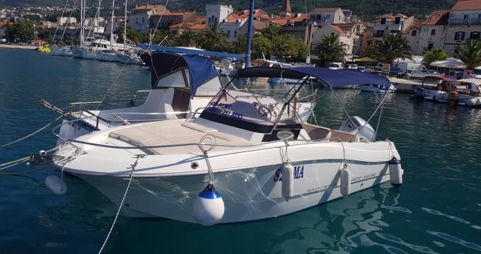 Rental Motorboat in Makarska - Atlantic 655 Sun Cruiser