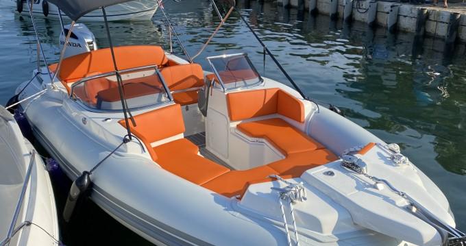 Marlin Boat Marlin Boat 24SR FB between personal and professional Krk