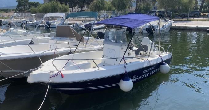 Rental Motorboat in Saint-Florent - White Shark White Shark 175