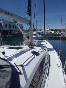 Boat rental Elan Impression 494 in Novi Vinodolski on Samboat