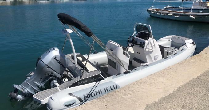 Boat rental Highfield Highfield Sport 560 in Rab on Samboat