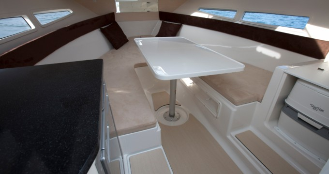 Rental yacht Hyères - Pacific Craft Pacific Craft 700 DC on SamBoat