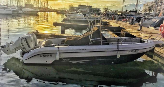 Rental Motorboat in Santa Pola - Ranieri Voyager 26 S
