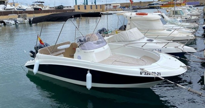 Rent a Remus 620 Fornells