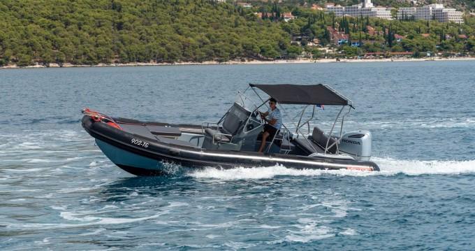 Rent a Valiant Valiant 760 Sport Split Ferry Port