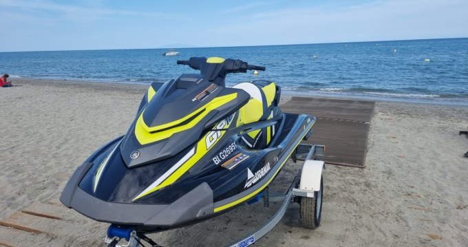 Hire Jet Ski with or without skipper Yamaha Bastia
