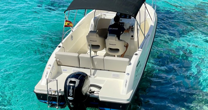 Rental Motorboat in Mahón - Quicksilver Activ 675 Open Sport