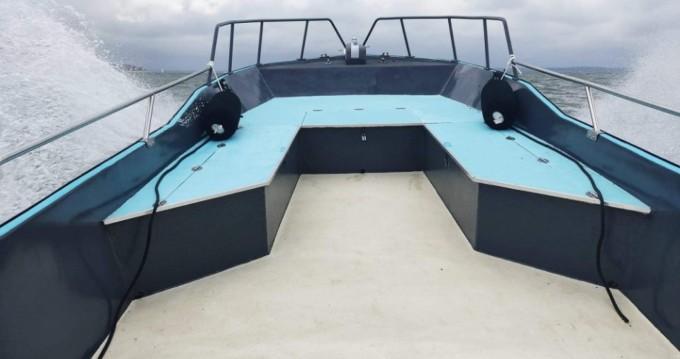 Boat rental Lacaze techoueyre pyranha in Grand Piquey on Samboat