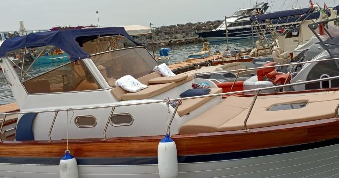 Rental Motorboat in Positano - Fratelli Aprea Sorrento 7,50 Semi Cabinato