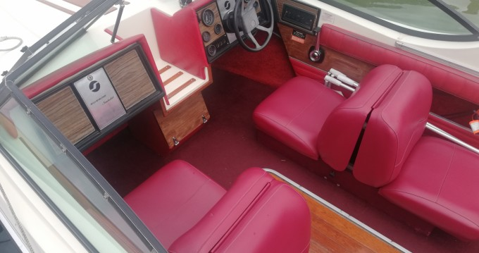 Motorboat for rent Thonon-les-Bains at the best price