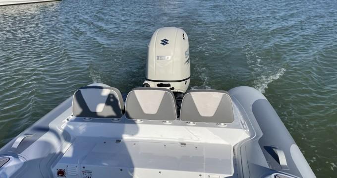 Boat rental Royan cheap viking 650
