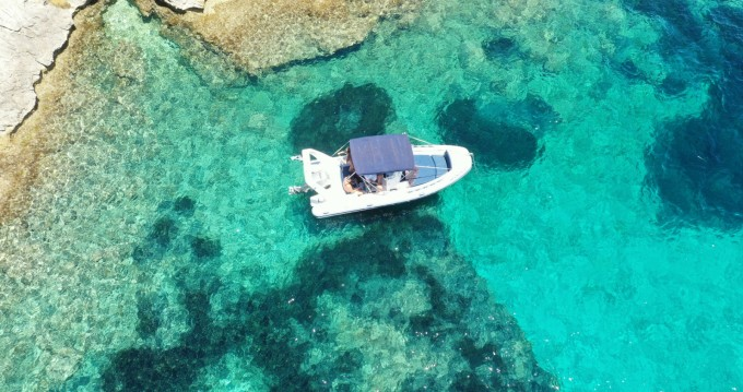 Boat rental Bonifacio cheap sr620lx