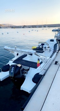 Master Master 699 EFB between personal and professional Marseille