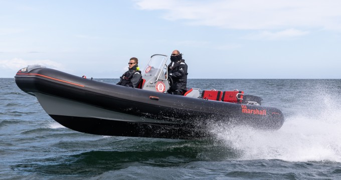 Rental Motorboat in La Trinité-sur-Mer - Marshall M4