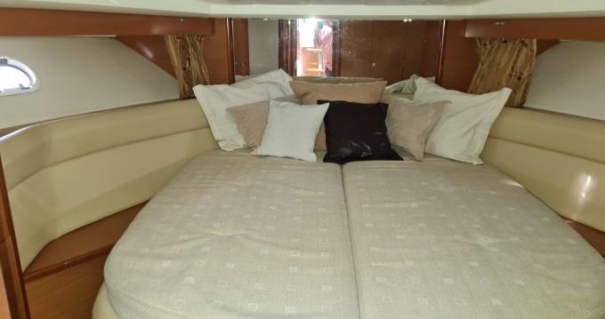 Boat rental Les Trois-Îlets cheap Prestige 38 S