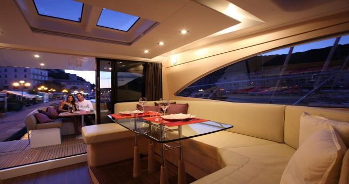 Rental yacht Taranto - Bénéteau Monte Carlo 47 Sport Top on SamBoat