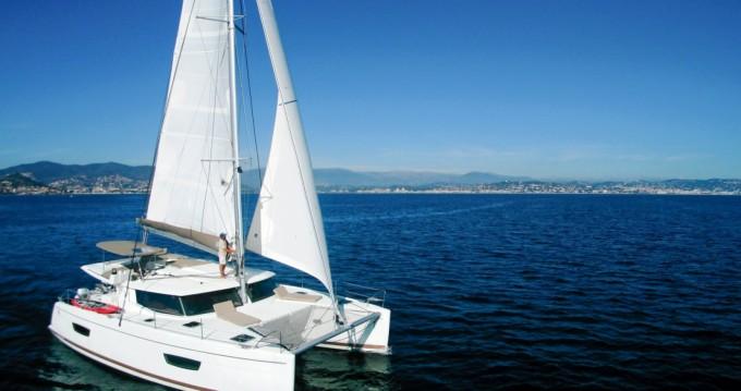 Rental Catamaran in Mandelieu-la-Napoule - Fountaine Pajot Helia 44 Evolution