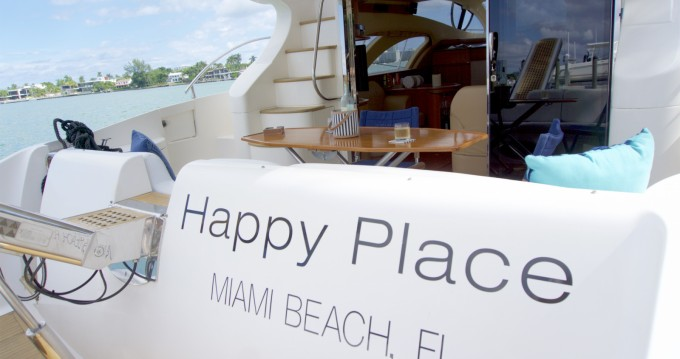 Motorboat for rent South Miami Beach at the best price