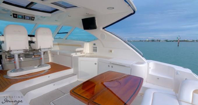 Rent a Sea Ray Sea Ray 540 Sundancer South Miami Beach