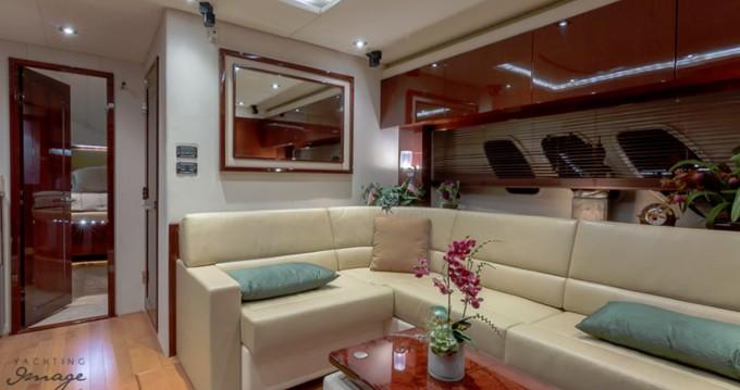 Rental Motorboat in South Miami Beach - Sea Ray Sea Ray 540 Sundancer