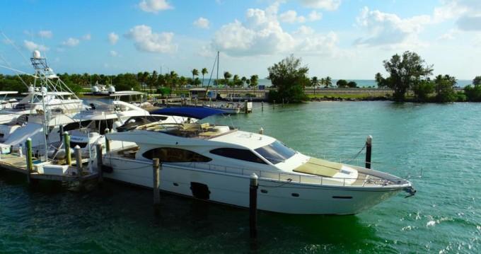 Boat rental Ferretti Ferretti 80 in South Miami Beach on Samboat