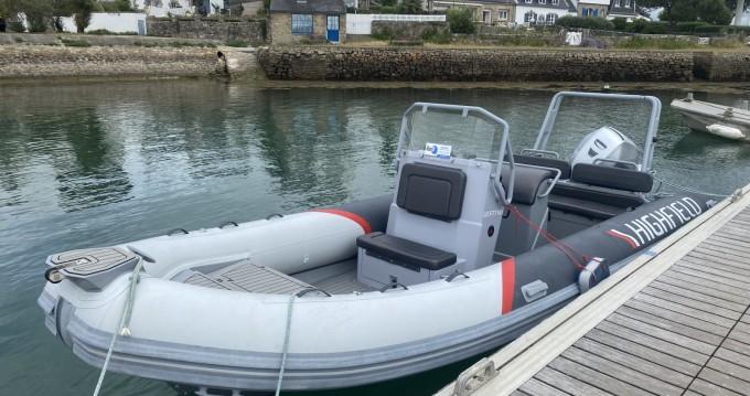 Rental yacht La Trinité-sur-Mer - Highfield Patrol 660 on SamBoat