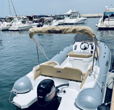 Hire RIB with or without skipper Salpa Sorrento