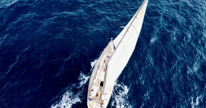 Rental Sailboat Grand Soleil with a permit