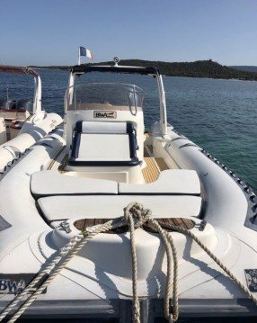Hire RIB with or without skipper Bwa Lecci