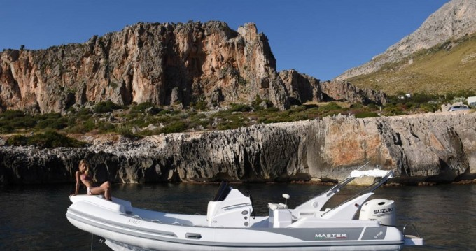 Boat rental Master Master 699 GP in Carqueiranne on Samboat