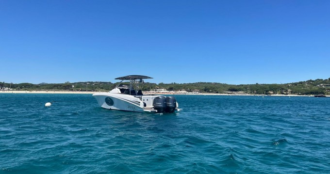 Rent a Pacific Craft Pacific Craft 30 RX Cogolin