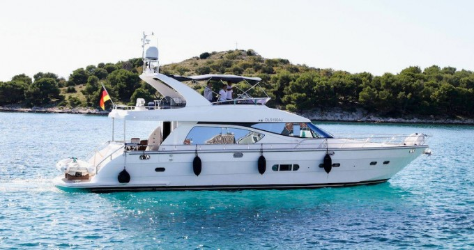 Boat rental Yaretti Yaretti 2210 in Split on Samboat