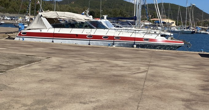 Boat rental Cagliari Port cheap 46 predator